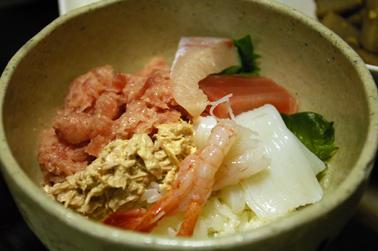 海鮮丼 (2010-05-03)