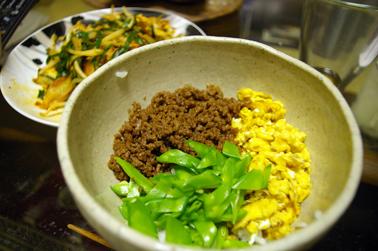 三色丼 (2010-06-01)