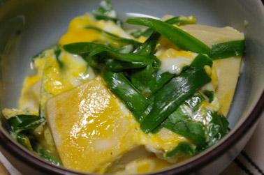 凍み豆腐のニラ玉 (2010-12-07)