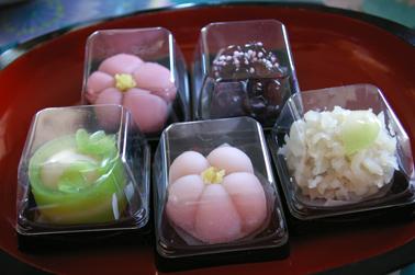 元旦の朝のお菓子 (2011-01-01)